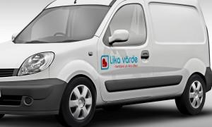 Lika värde omsorg logotyp fotomontage på bil av Kogit Design
